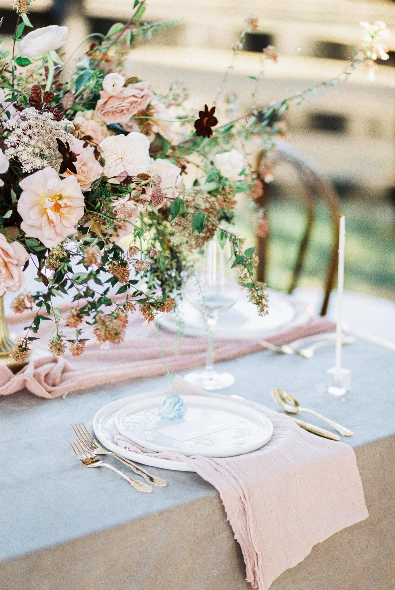 pop-the-cork-wedding-planner-place-setting