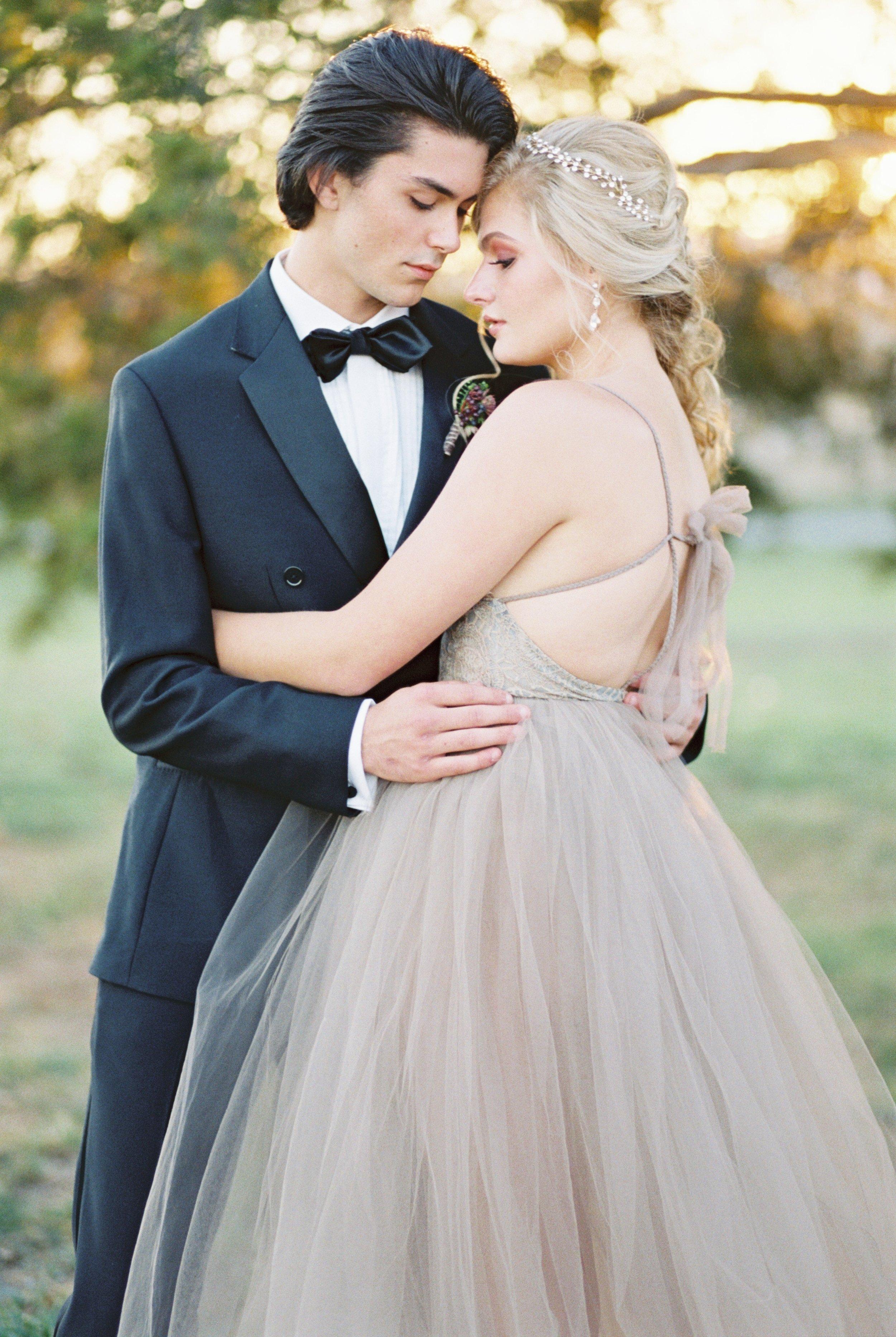 the-black-tux-groom-wedding-attire