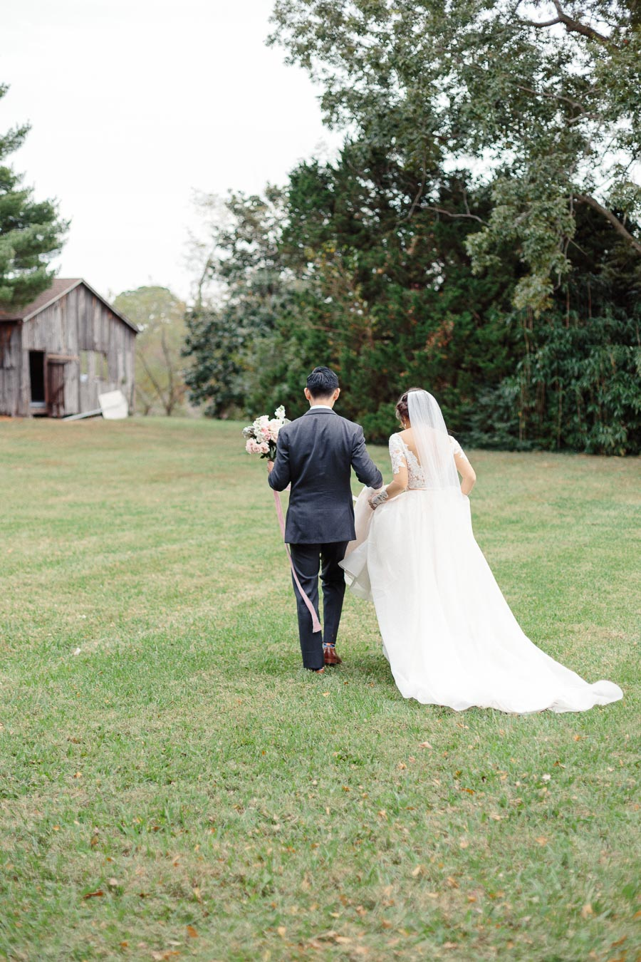 romantic-wedding-portraits-woodlawn-farm