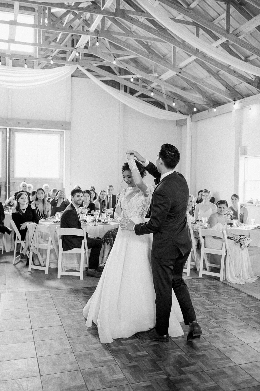 woodlawn-farm-estates-reception-first-dance