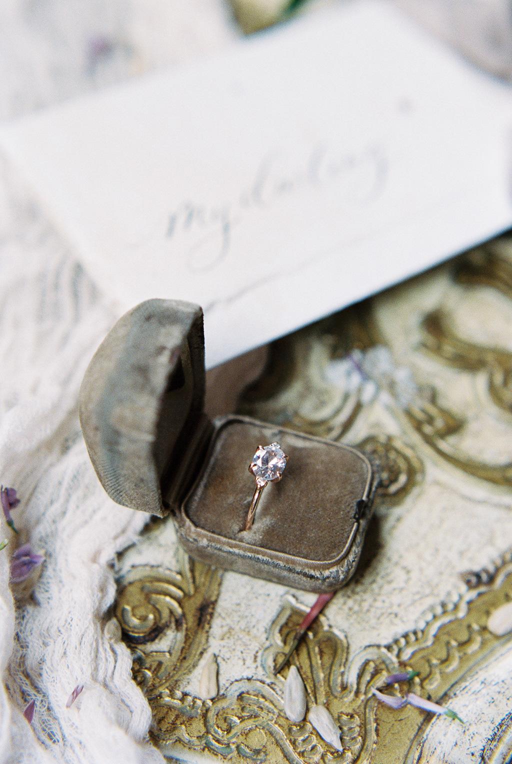 susie-saltzman-solitaire-gold-engagement-ring