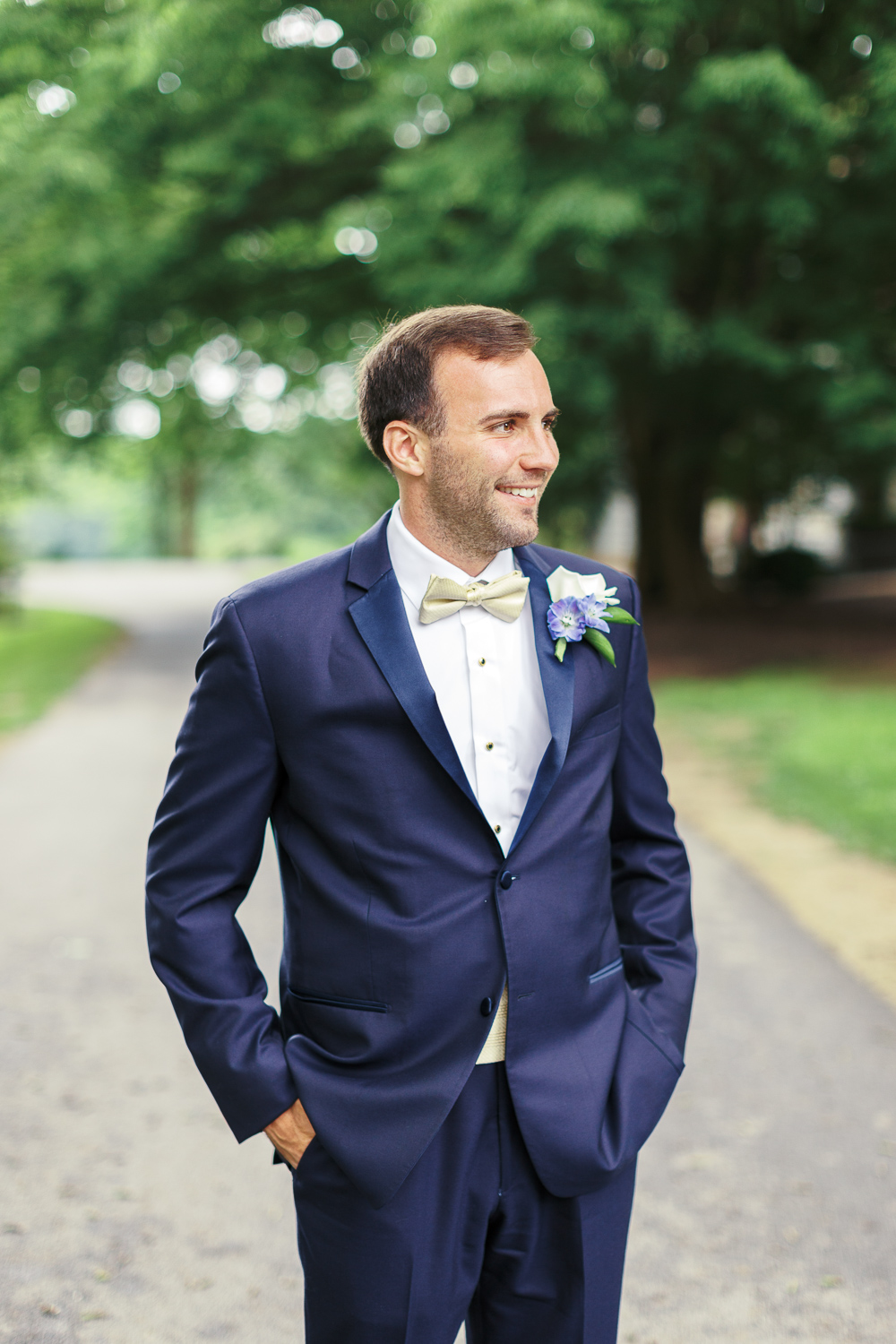 wedding-day-grooms-portrait
