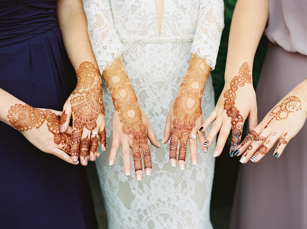 wedding-day-henna-bride-and-bridesmaids-ideas