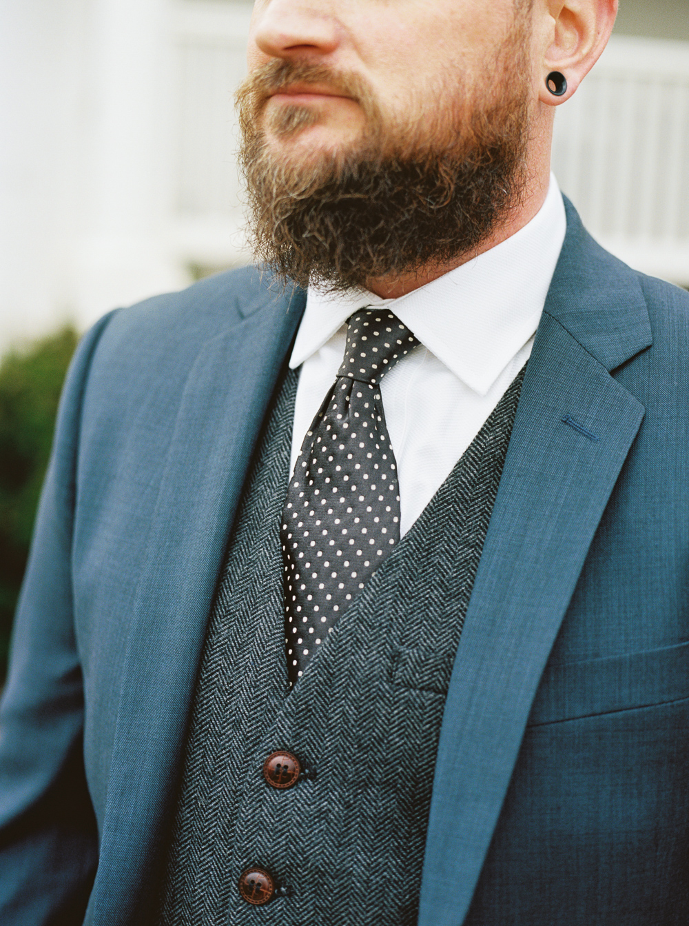 hipster-groom-navy-and-gray-wedding-tux-ideas