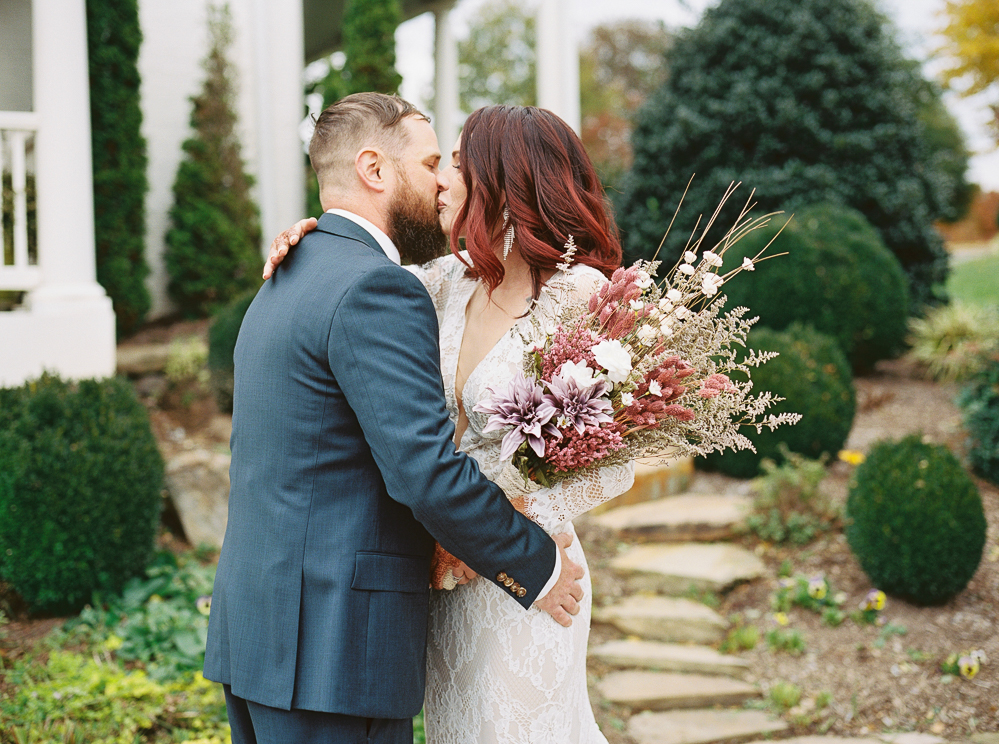 wedding-day-first-look-michelle-whitley-photography