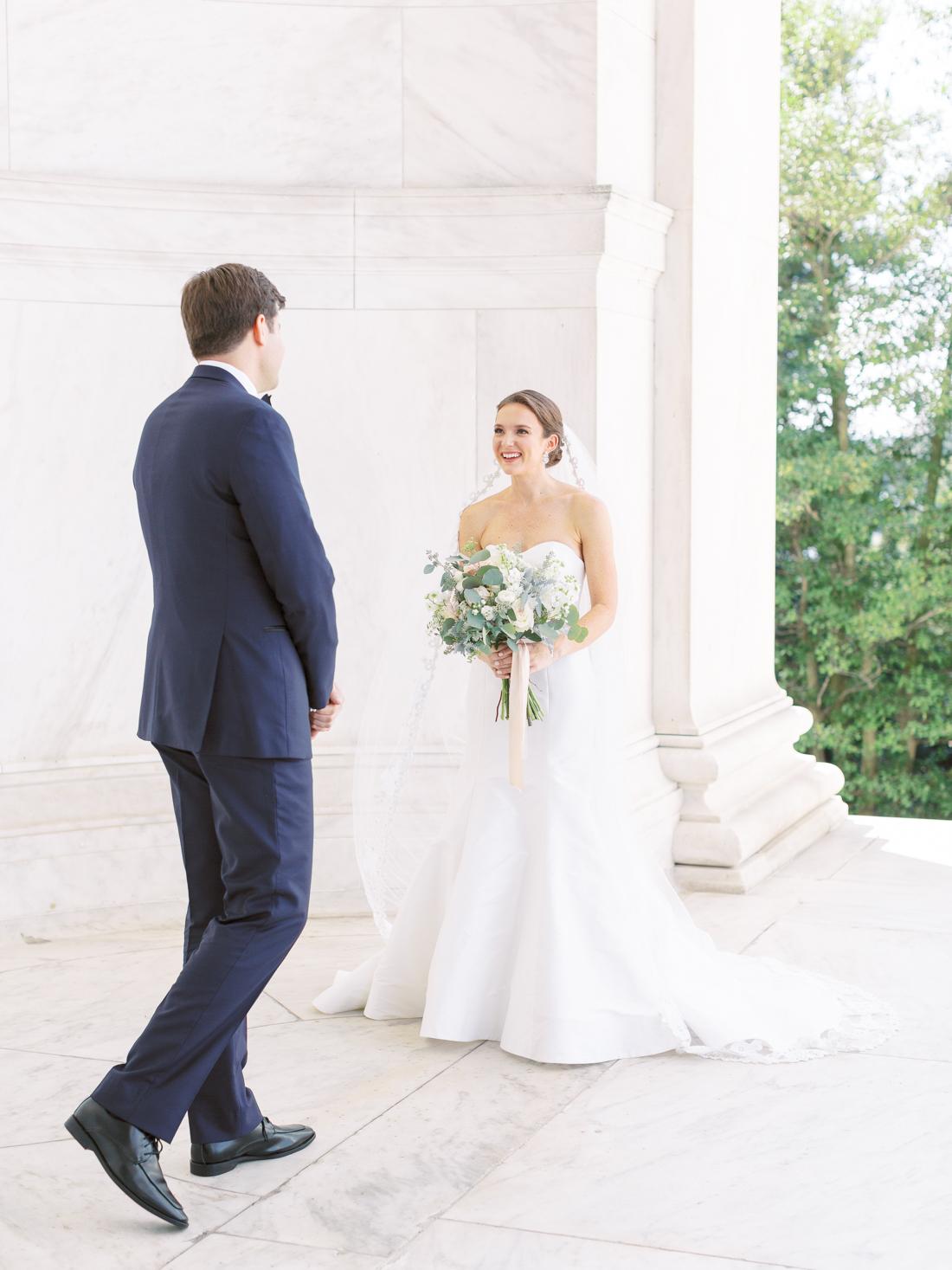 jefferson-memorial-wedding-first-look