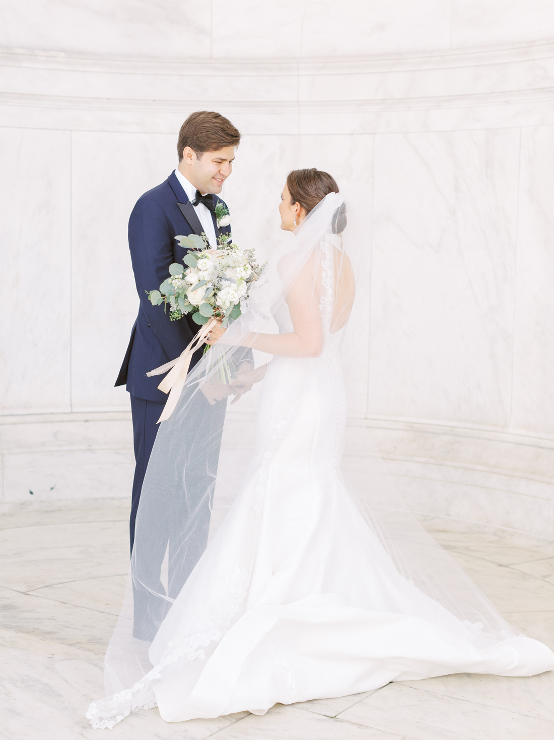 Jefferson-memorial-wedding-washington-dc