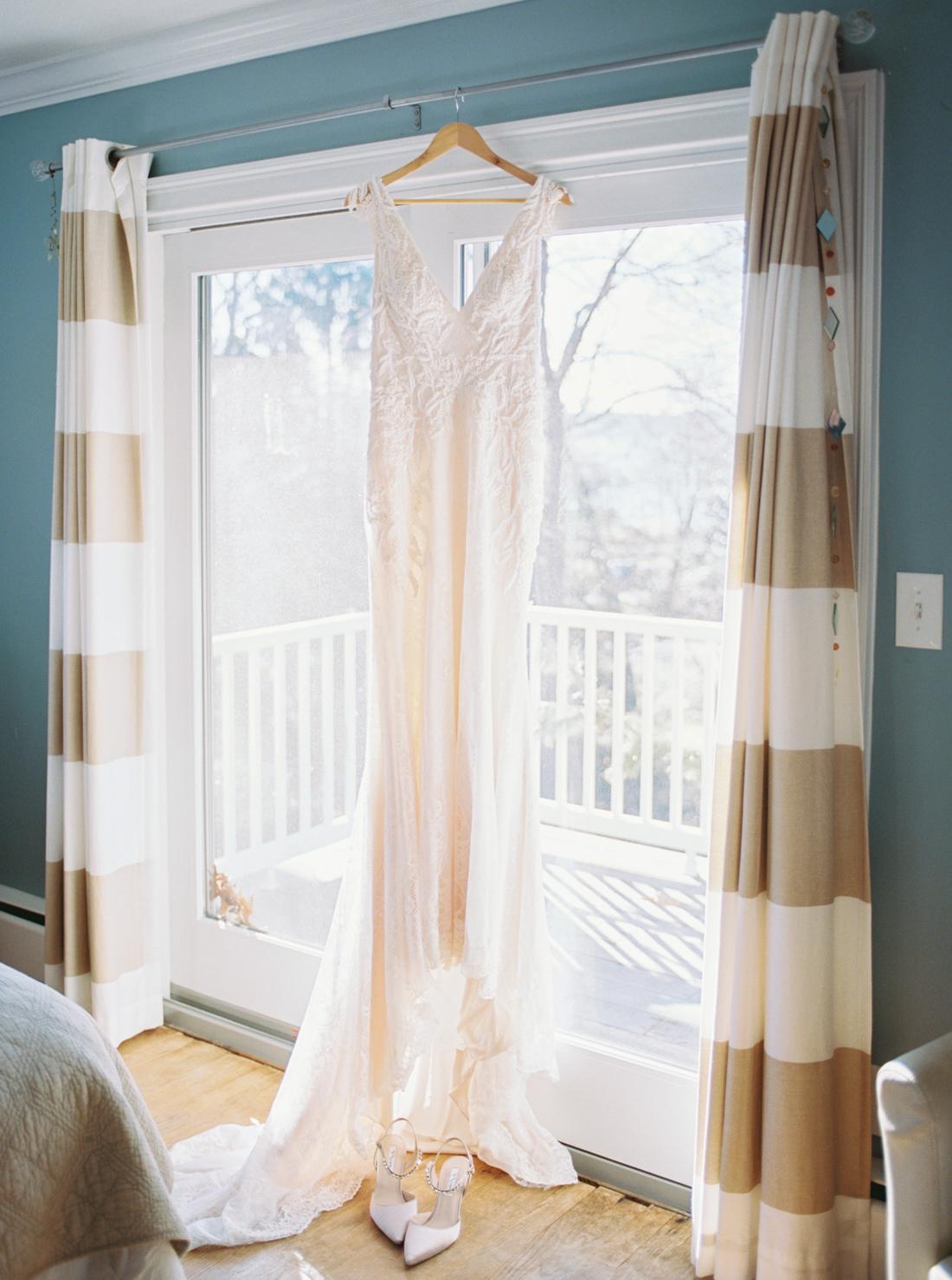 Justin-alexander-beaded-wedding-dress