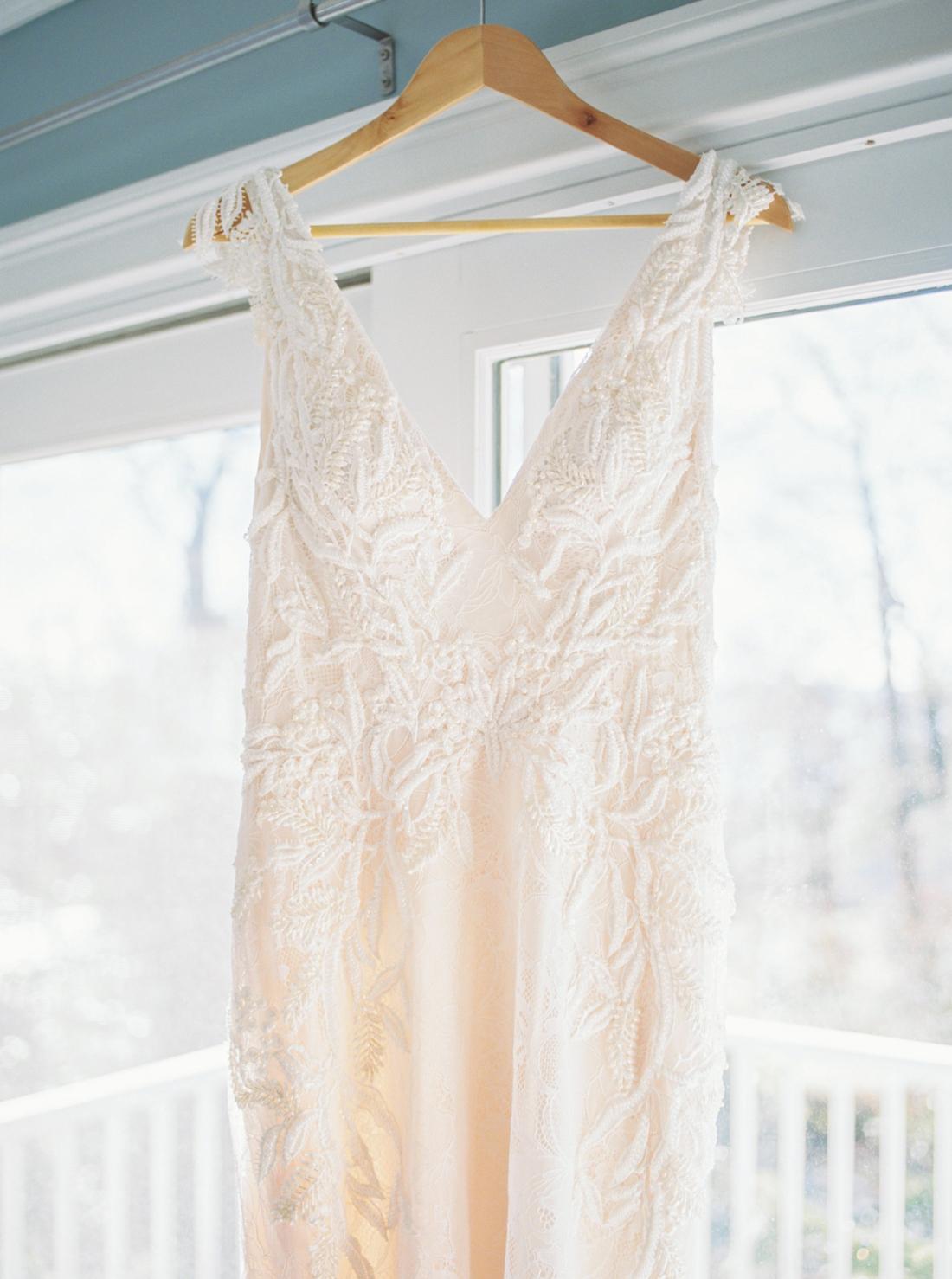 deep-v-neck-wedding-dress-justin-alexander