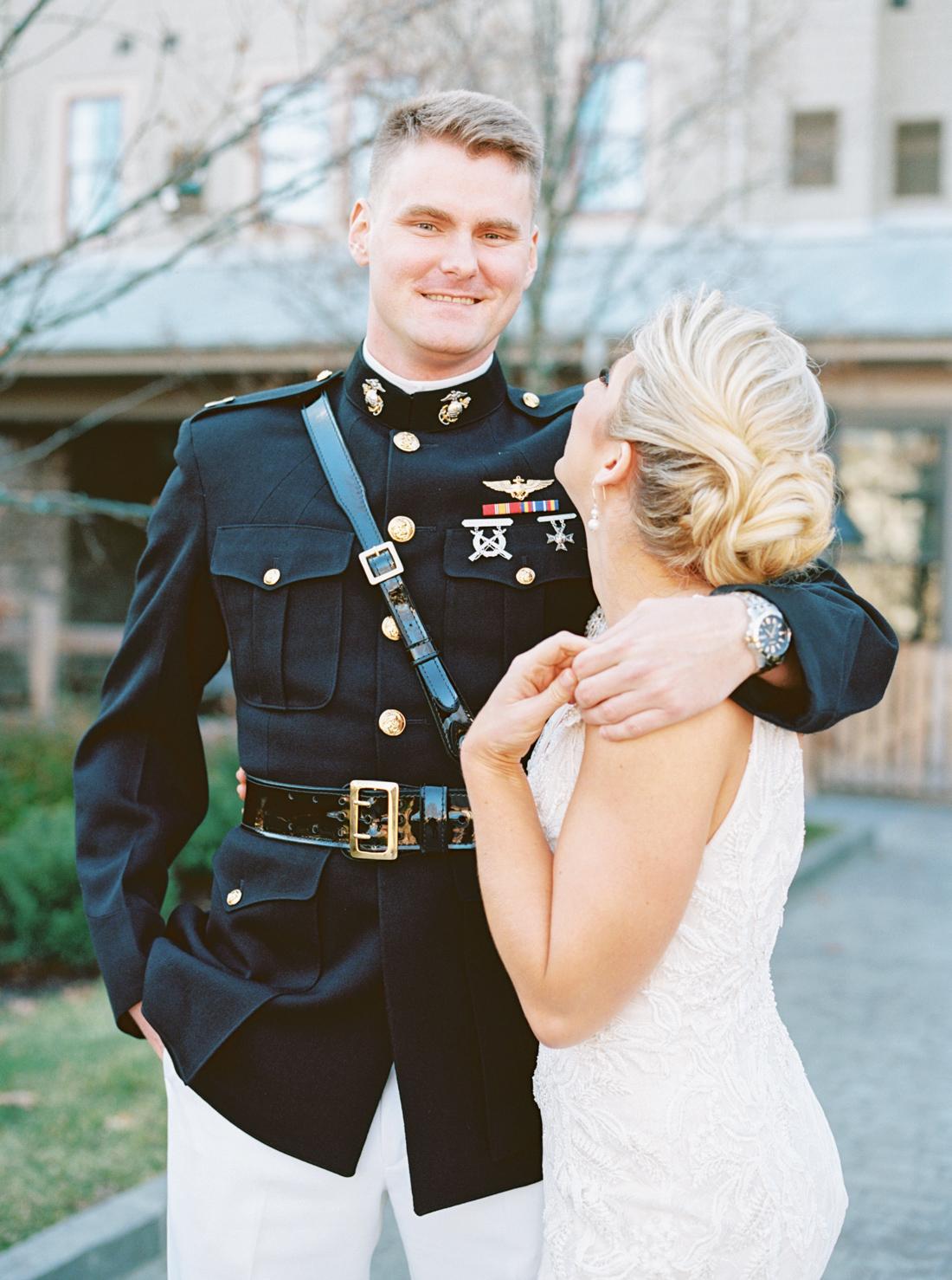 marine-corps-wedding-chesapeake-bay-beach-club