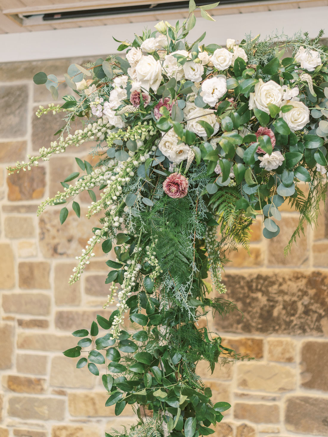 crimson-and-clover-floral-ceremony-arch