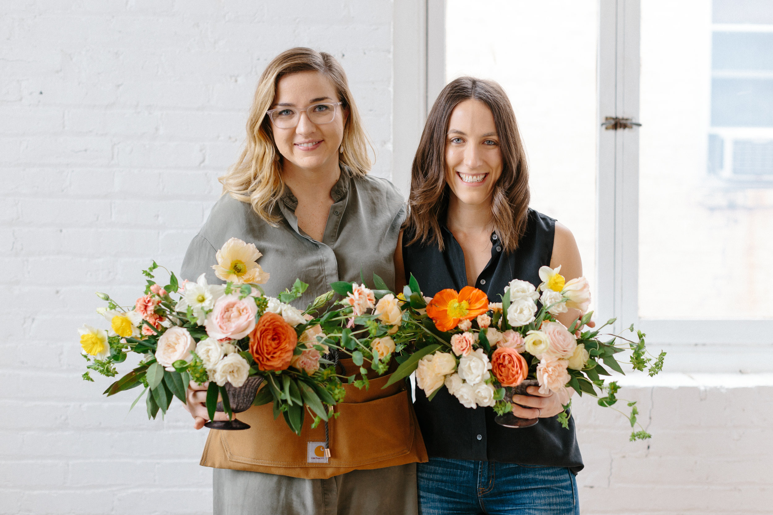 Amy-lauren-floral-design-flower-therapy-workshop-attendees