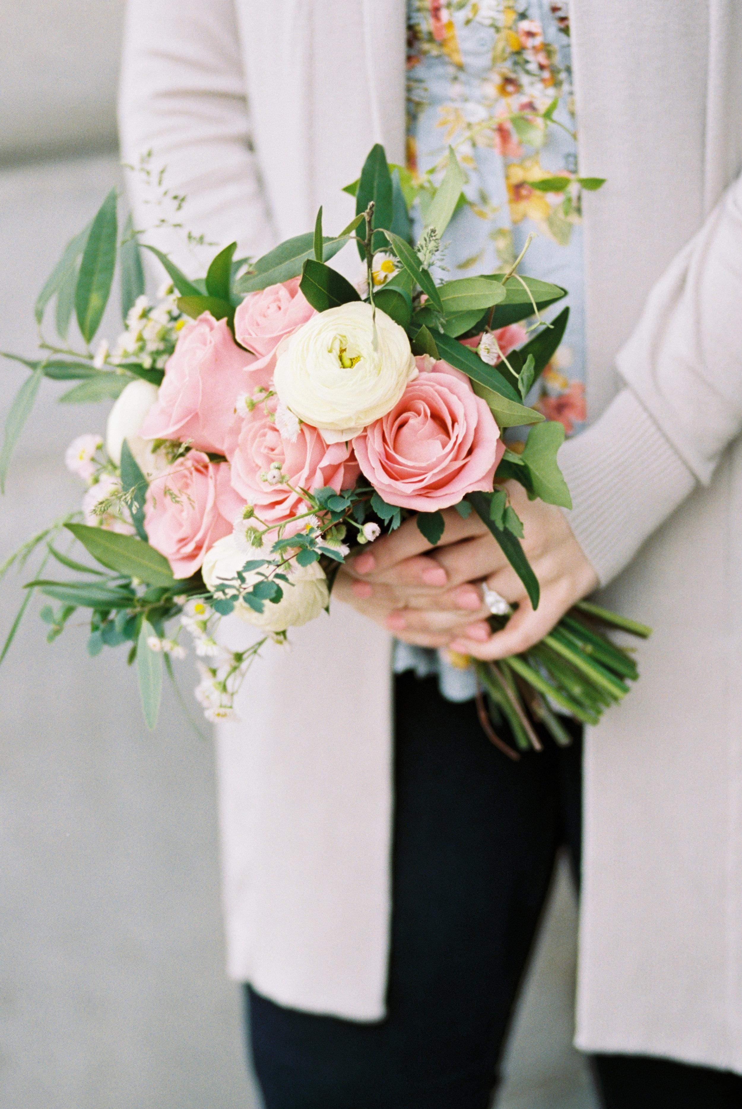 pink-and-white-bridesmaids-bouquet-amy-lauren-floral-design