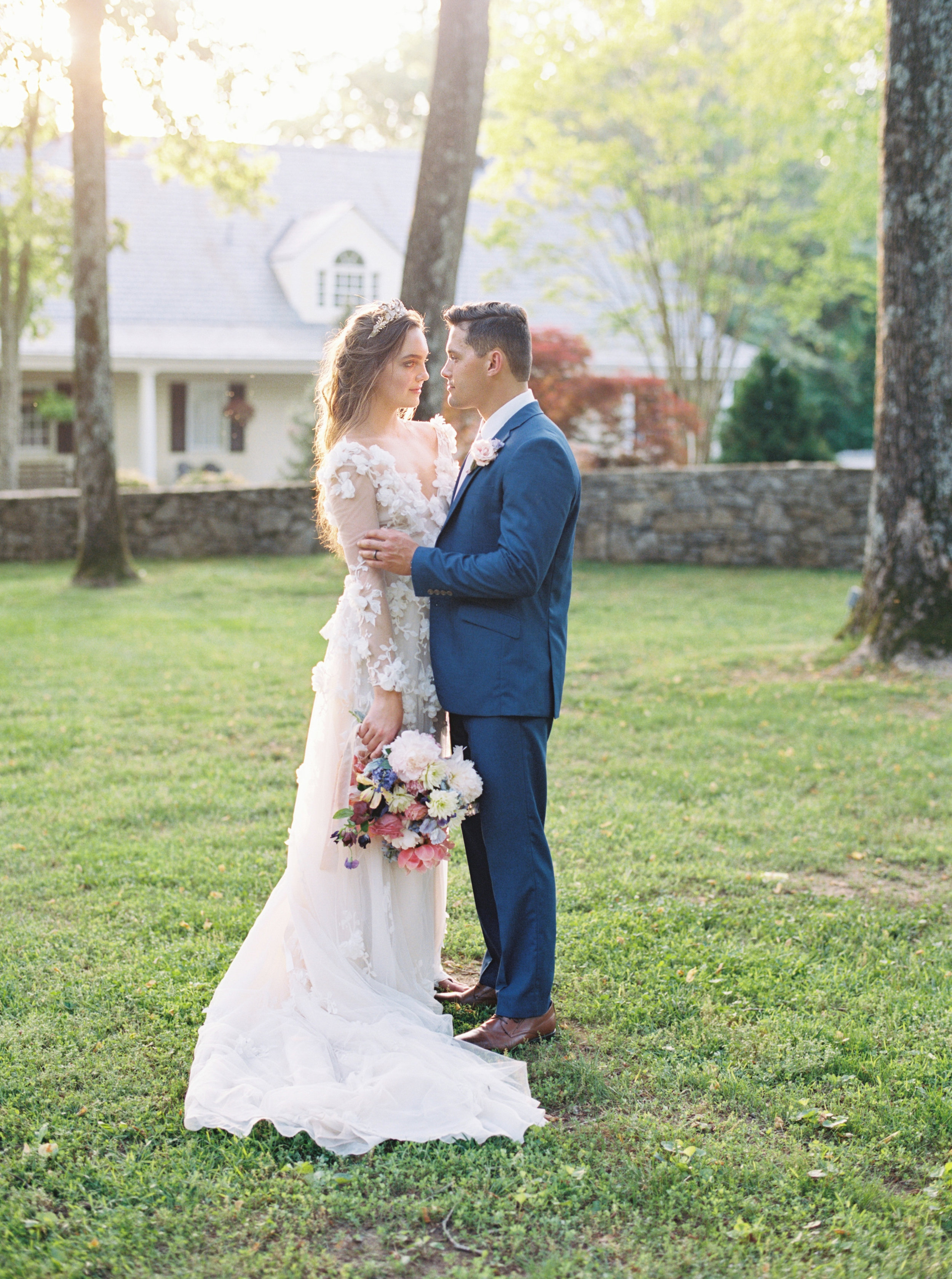 Nashville garden wedding editorial at Estate at Cherokee Dock