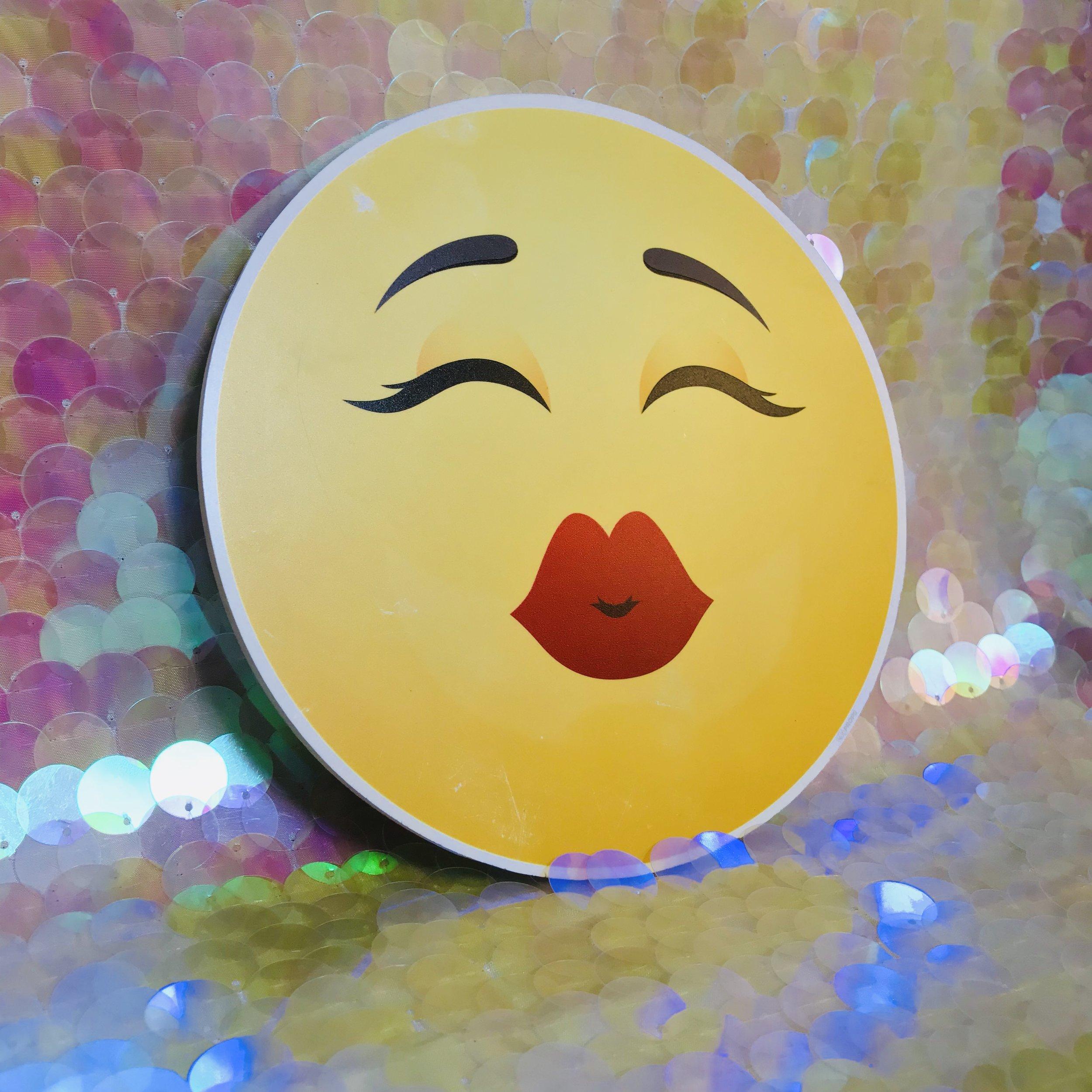 Kiss Face.jpg