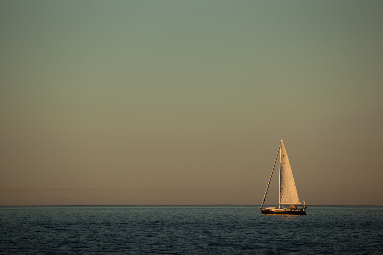 A Tartan yacht makes her way into Bahia Magdalena