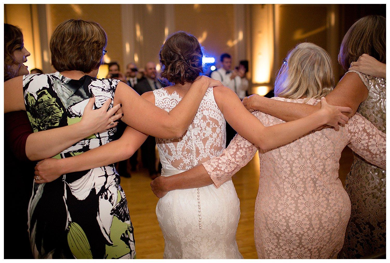Tamela Triplett Louisville Wedding Photographer_0452.jpg
