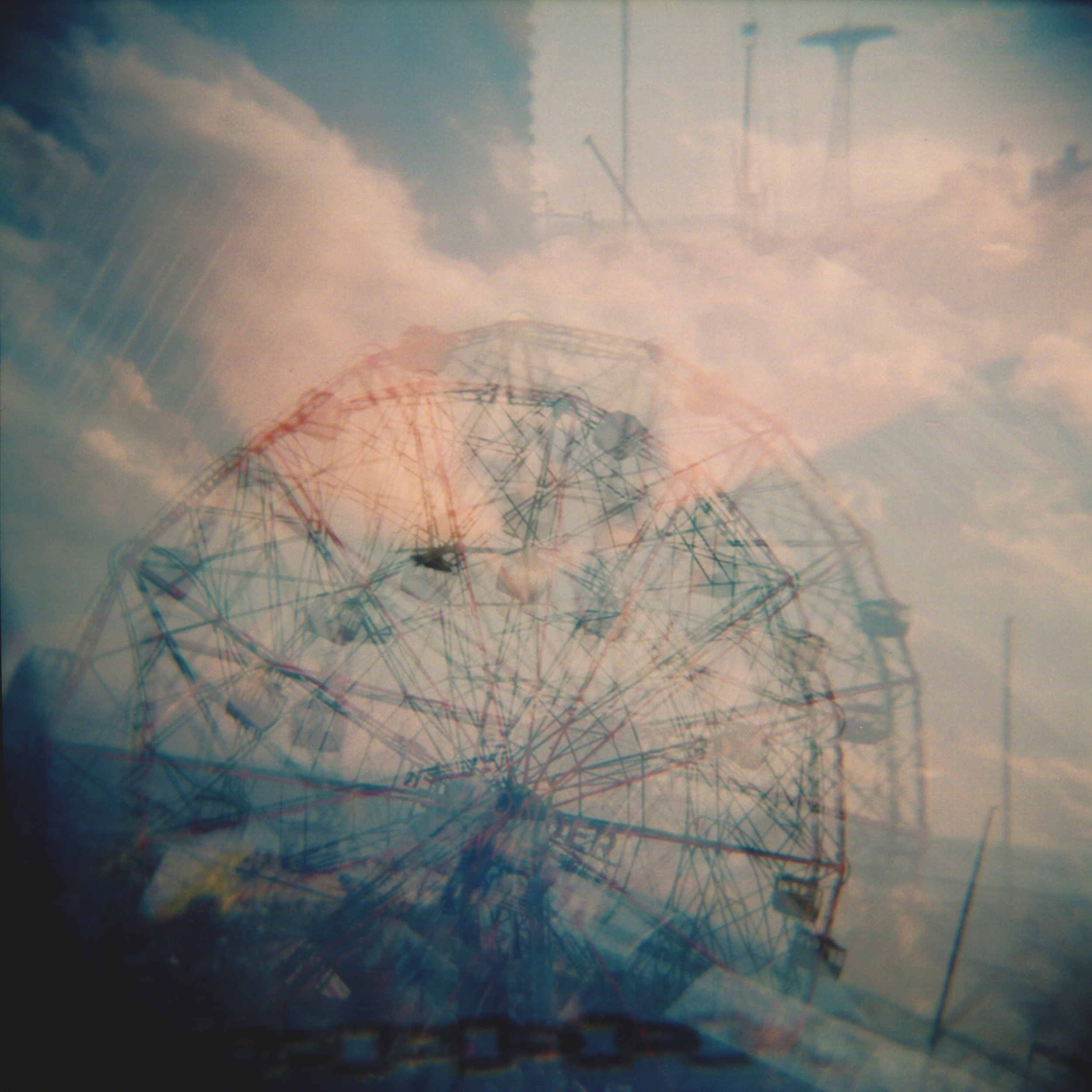 Wonder Wheel 2011, Colour 120mm film Holga camera