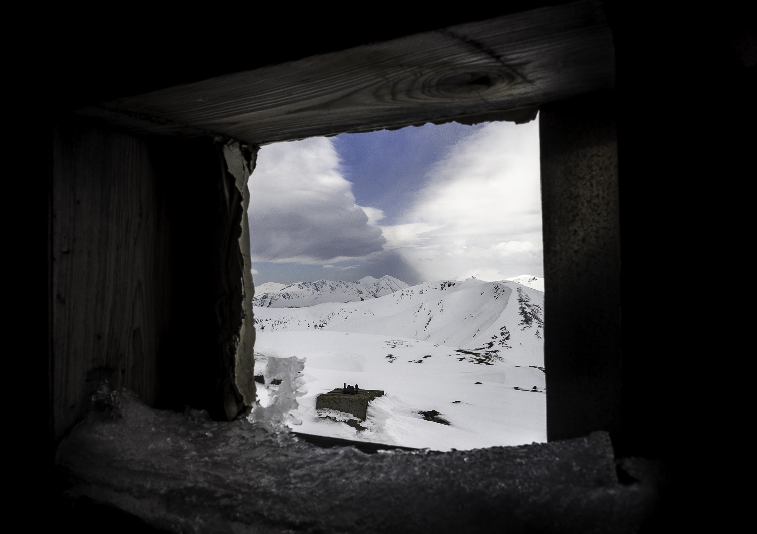Our Peep Hole to Grays and Torreys