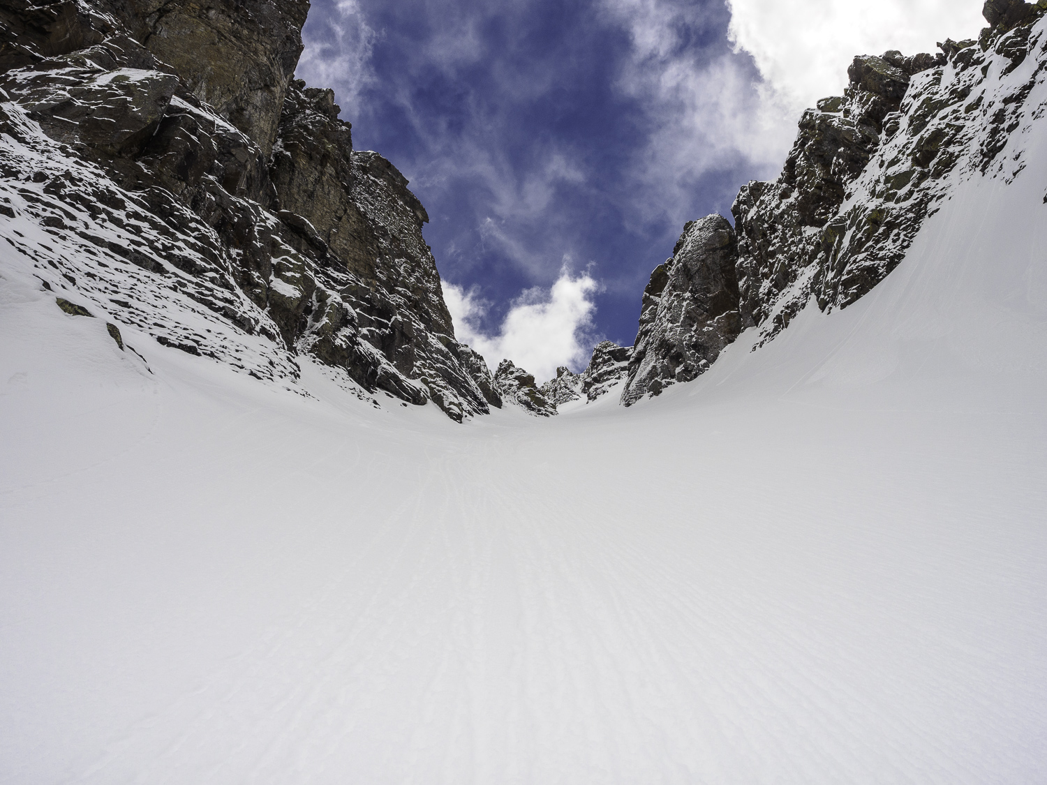 Look Up - Checking Progress within a Couloir