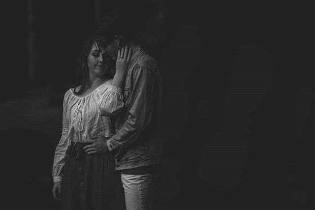 . . . . . . . #meghannmaguirephotography #launcestoncouplesphotographer #launcestonphotographer #blackandwhite #couples #couplesinlove #tasmaniaphotographer #tasmanianweddingphotographer #launcestonweddingphotographer #loveisintheair