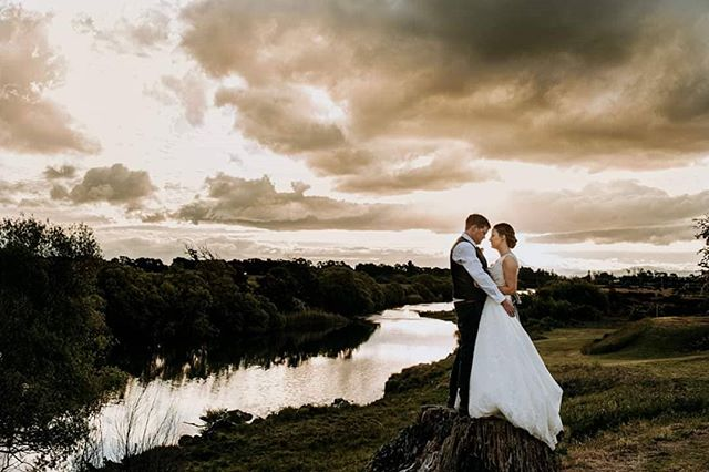 A little look at the final photo of the night.  Love a dramatic sky. . . . . #launcestonweddings #tasmanianwedding #launcestonphotographer #instatasmania #dramaticsky #sunset #aussiewedding #tasmanianelopement #tasmania #clarendonhouse #clarendon
