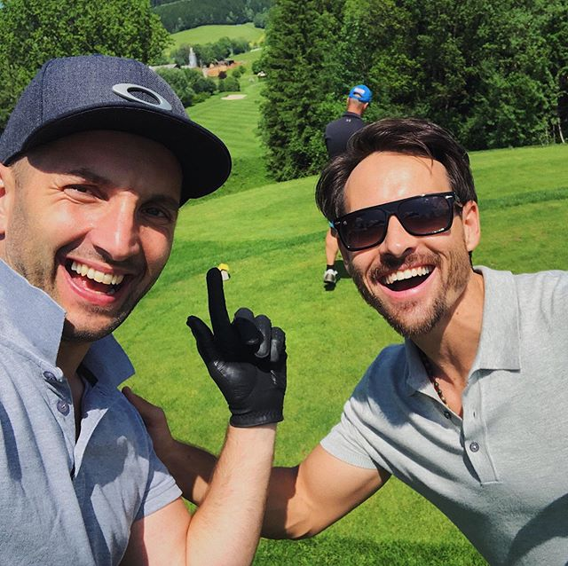 A friend is someone who understands your past, believes in your future, and accepts you just the way you are 🔥🤘🏼 . . Had my first Golf Tournament ever and @walterkreisel got my back! Thanks man, you are amazing. 💪🏼😃⛳️ #golf #tournament #friends #friendship #mindset #believeinyourself #goodday #sun
