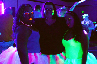 Club Ample Glow Party 2014