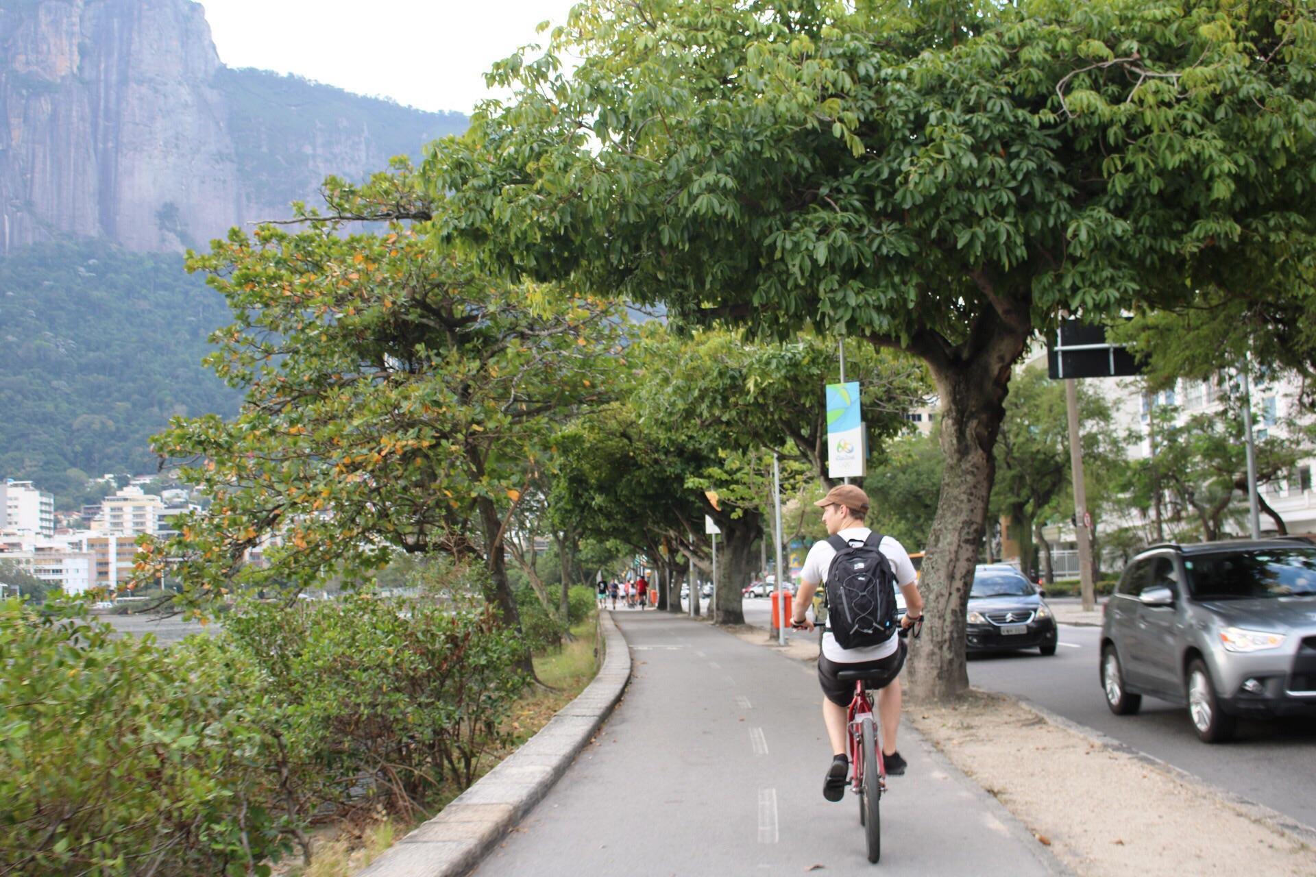 Cycling the Lagoa