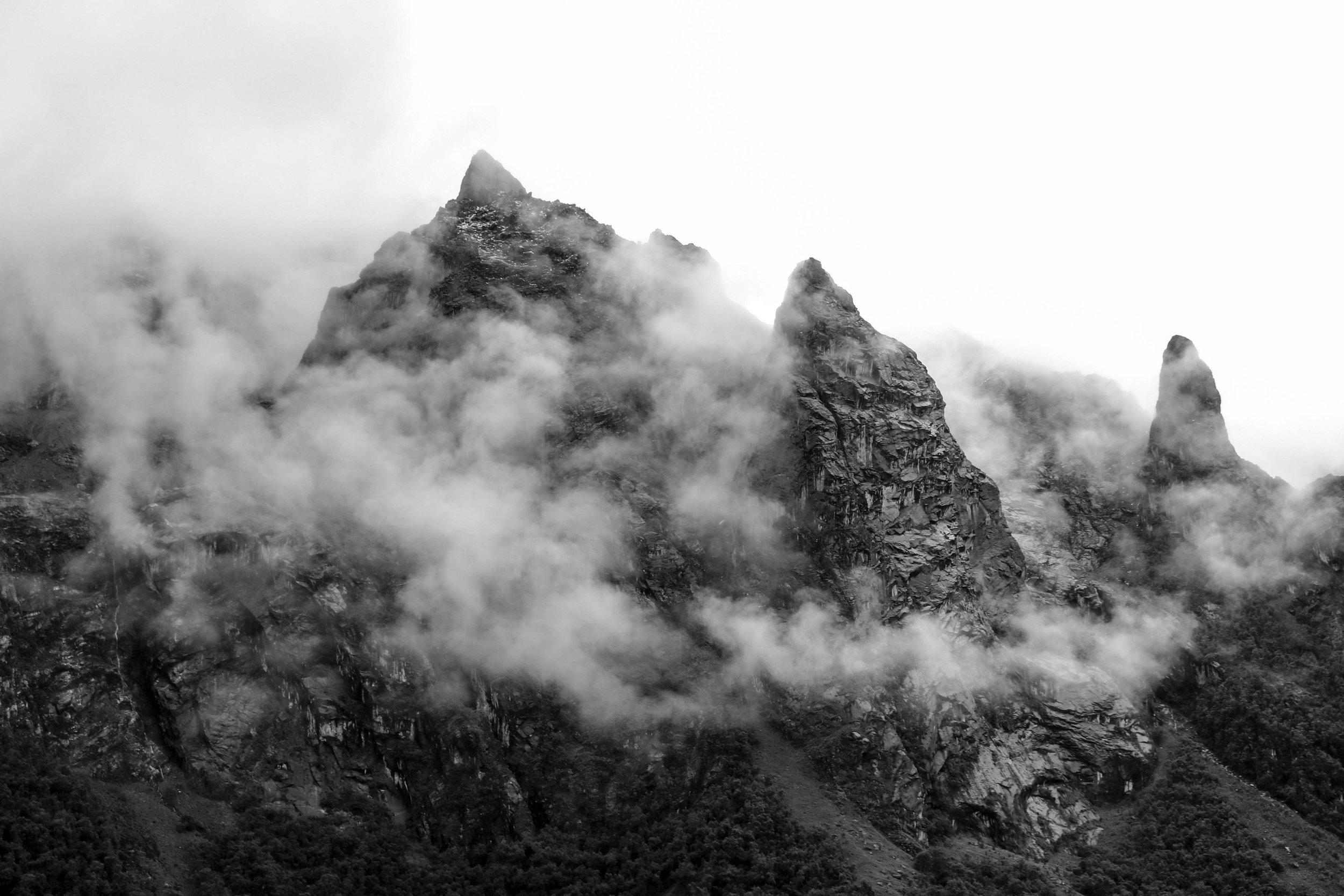 Sharp Rock and Soft Cloud, Peru