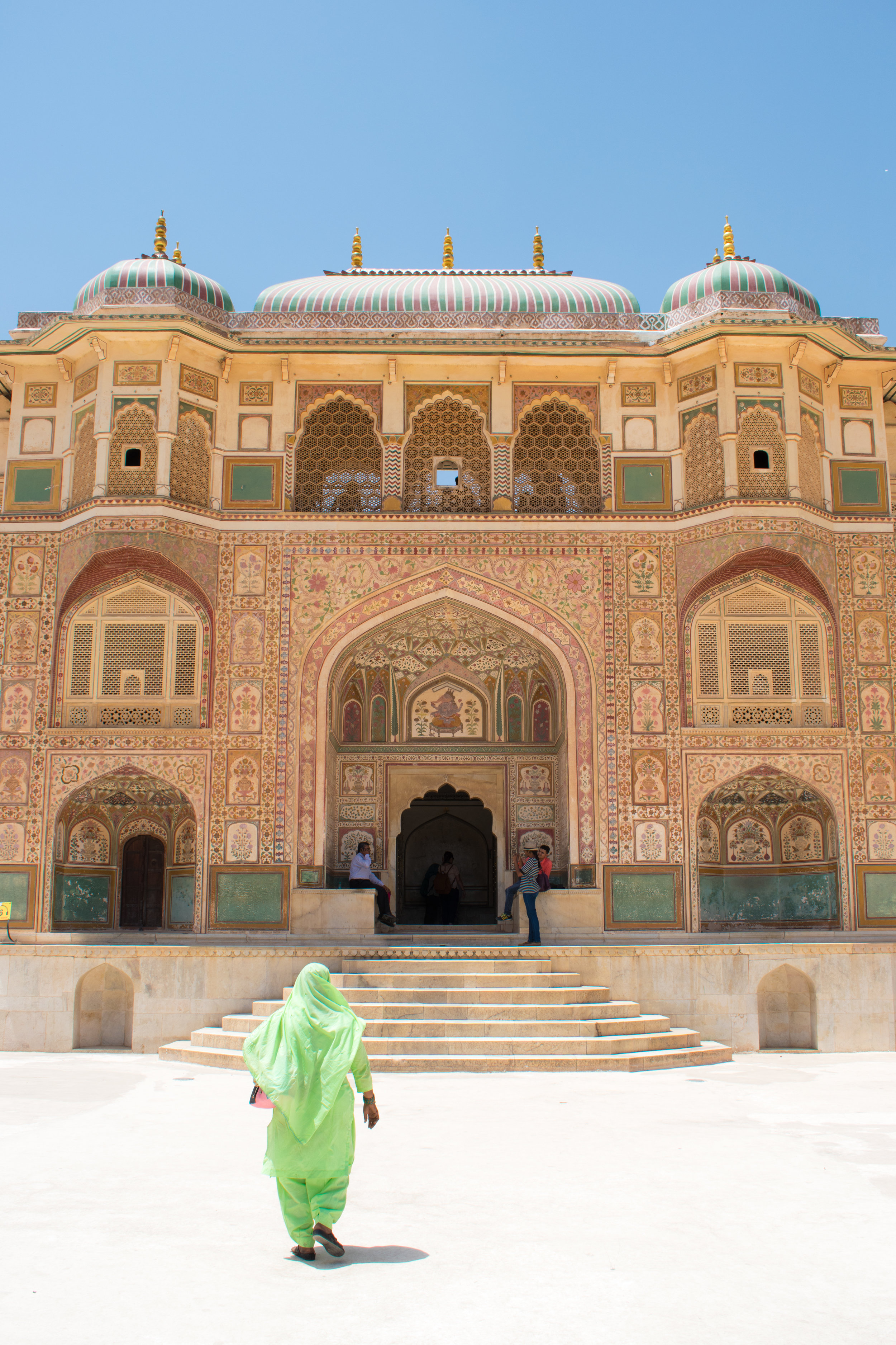 Bright Indian Dress and The Amber Fort in Jaipur, India
