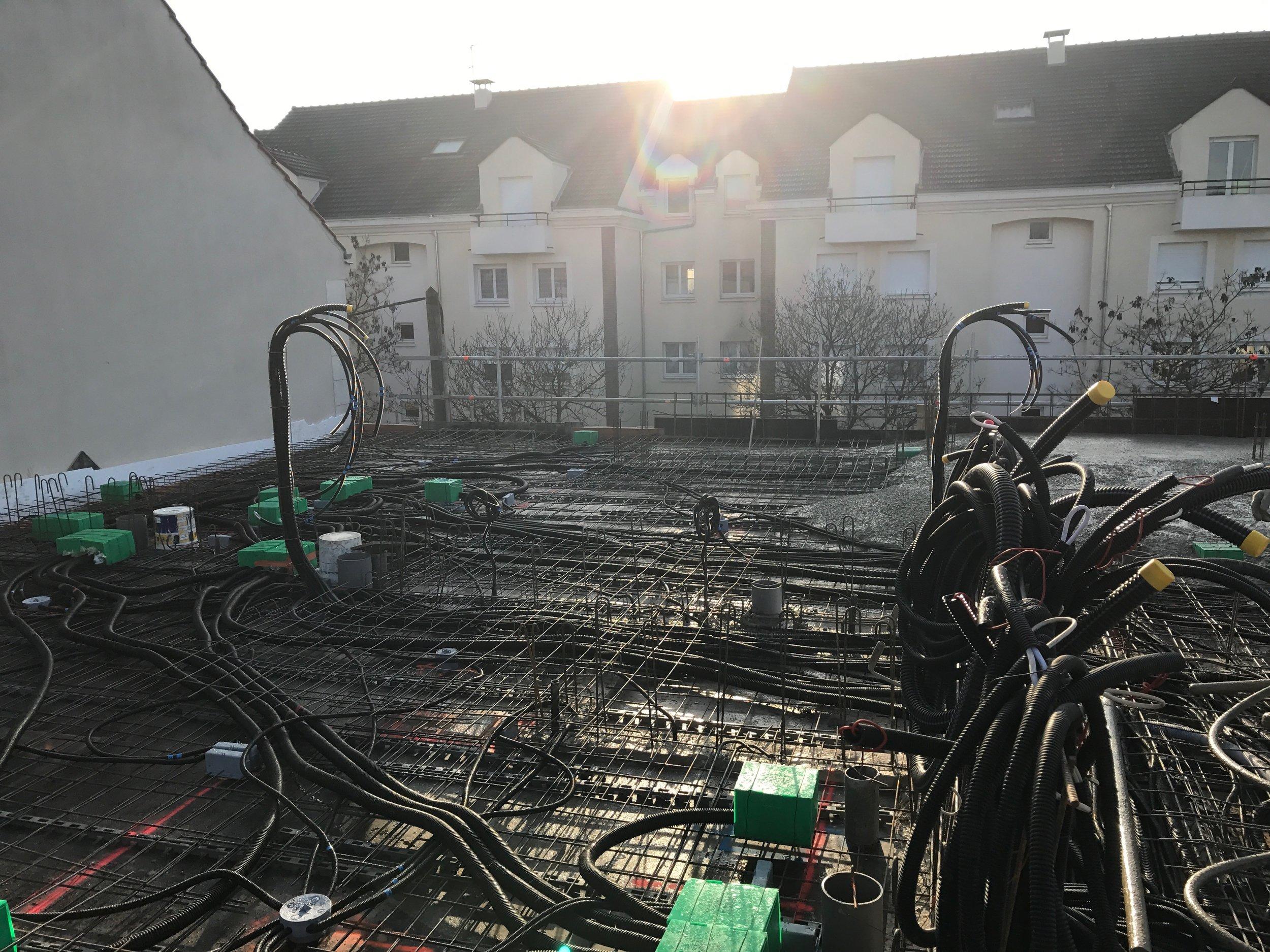 Incorporation des pieuvres électriques du plancher R+2