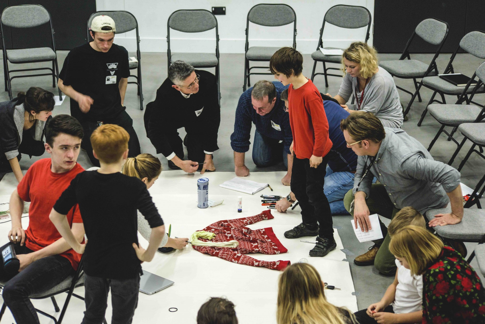 Making_Learning_-_Creative_continuum_students_prepare_for_Tate_Exchange_6_-_Photo_by_Sarah_Packer.jpg