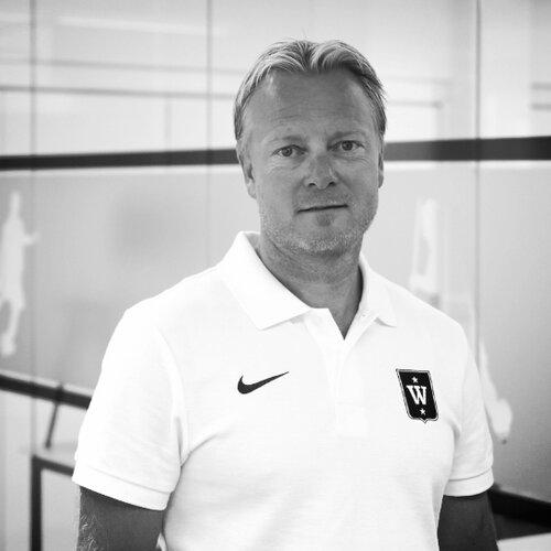 Petter Wilhelmsen, Wang