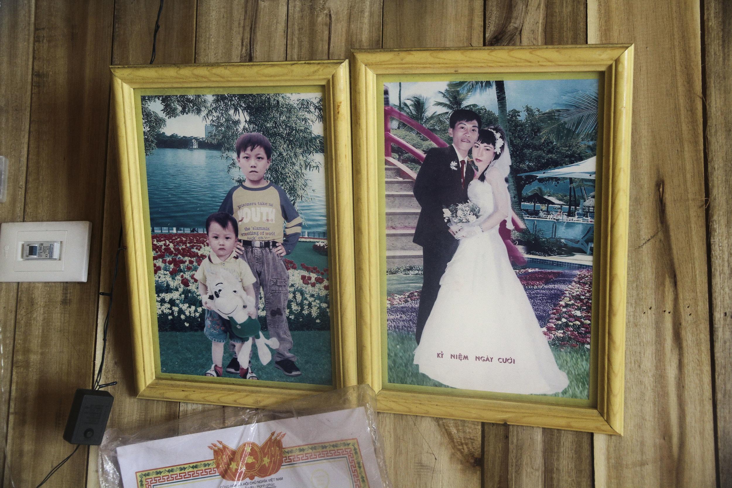 Family portrait. Halong Bay, Vietnam
