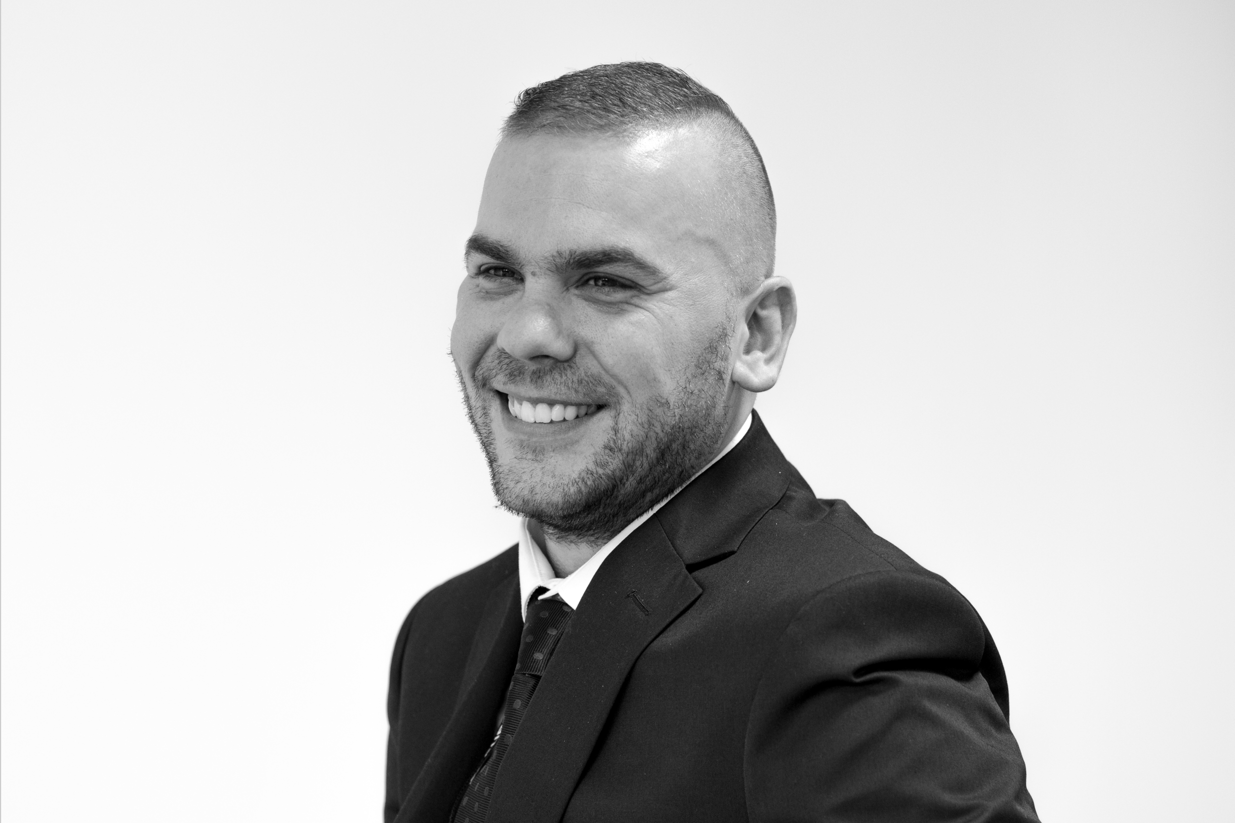 Richard Greensmith;  Asset Protection Specialist    Having joined the private security industry after a career in the military, Richard specialises in asset protection with a particular focus on complex and high risk construction projects. Richard manages a team of specialist asset protection officers and tactical patrol officers to maintain around the clock protection for his clients.  In his downtime, Richard enjoys spending time with his family, and taking his dog to the beach.