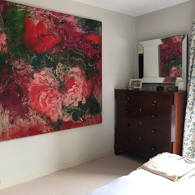 My painting 'Brief Exposure' , 2018 in someone's house #flowers #oilpainting #gestural #painterly #londoninteriors #flow #flowersinart #flowersinarthistory #contemporaryartcurator #contemporaryart #artcollector #gabriellakardos #WomenArtists #contemporaryart