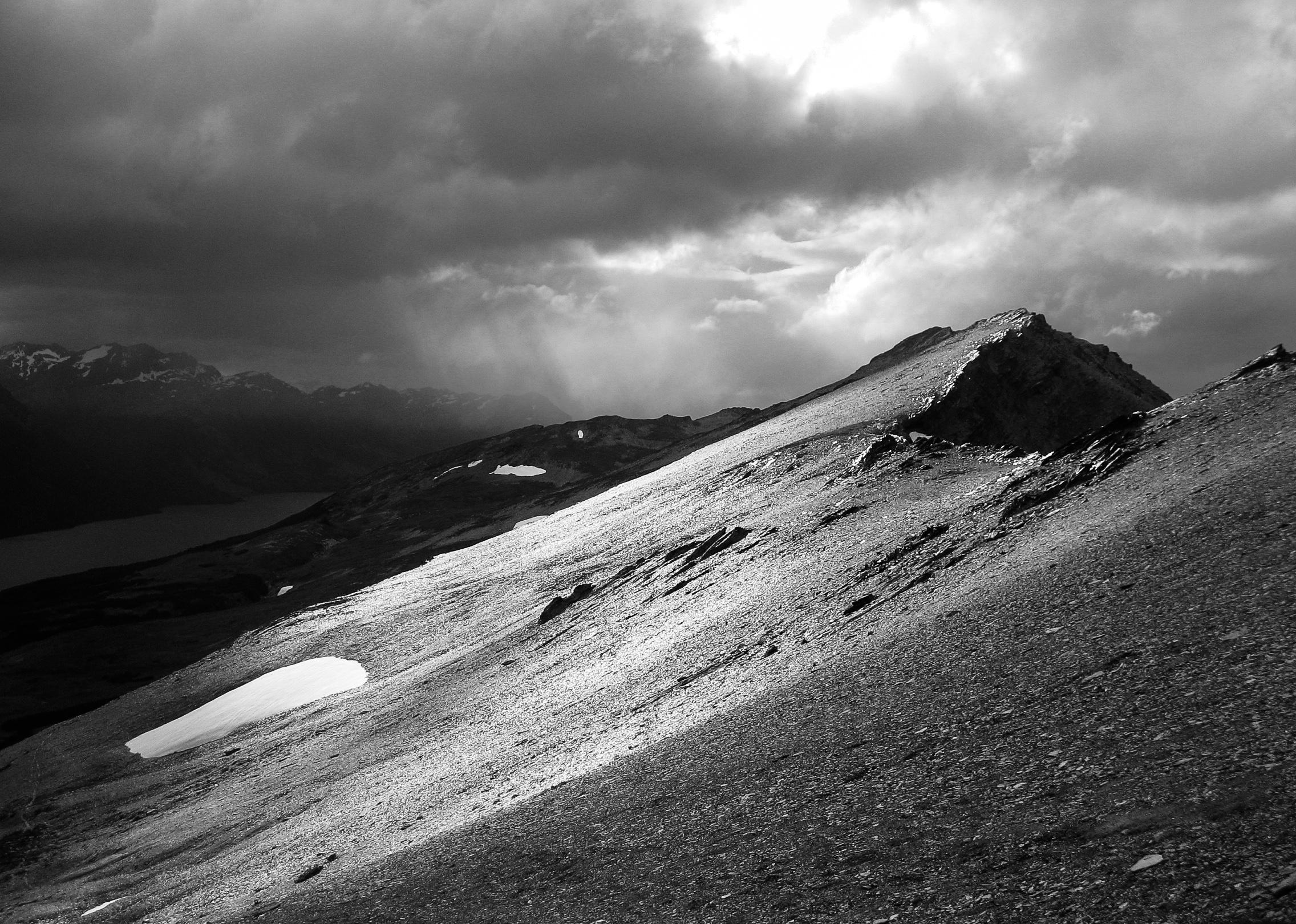 tierra-del-fuego_ushuaia_parque-nacional_day1-5090-_flat-gleaming-slope-from-ridge.jpg