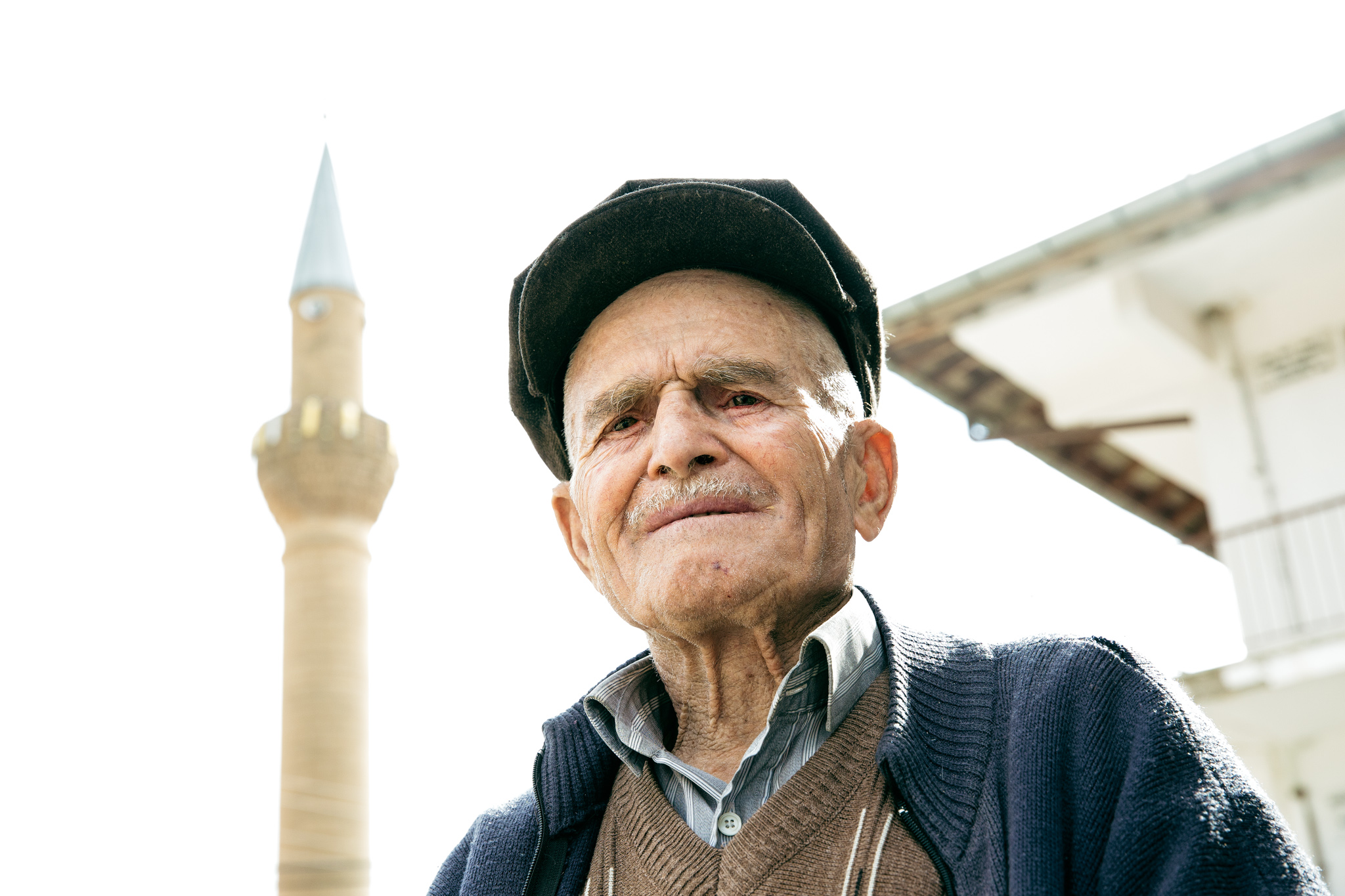 adada-to-sagrak-via-roman-road-3773-old-man-outside-mosque.jpg