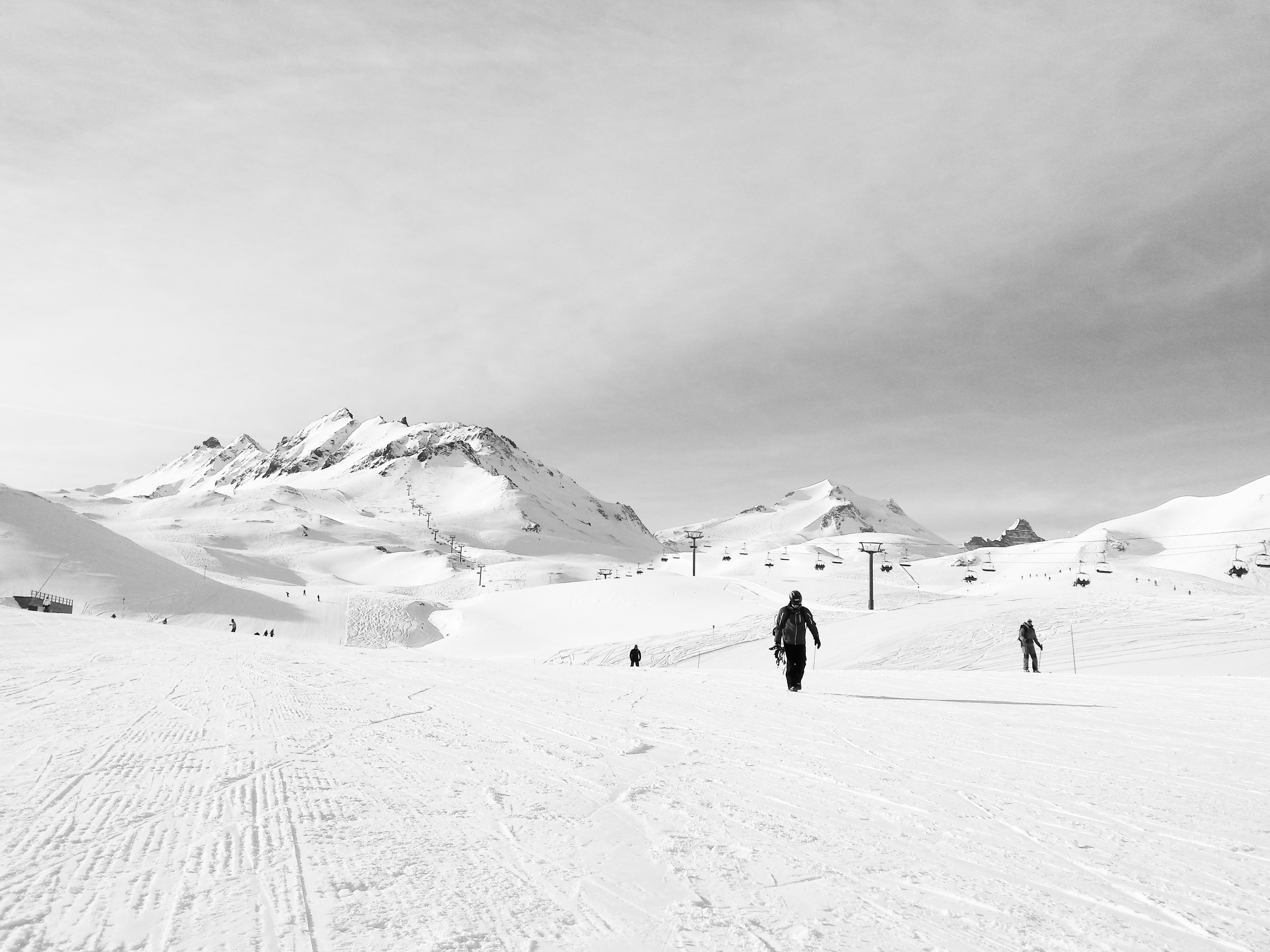 105429-val-d'Isère-snowboarding-ucpa.jpg