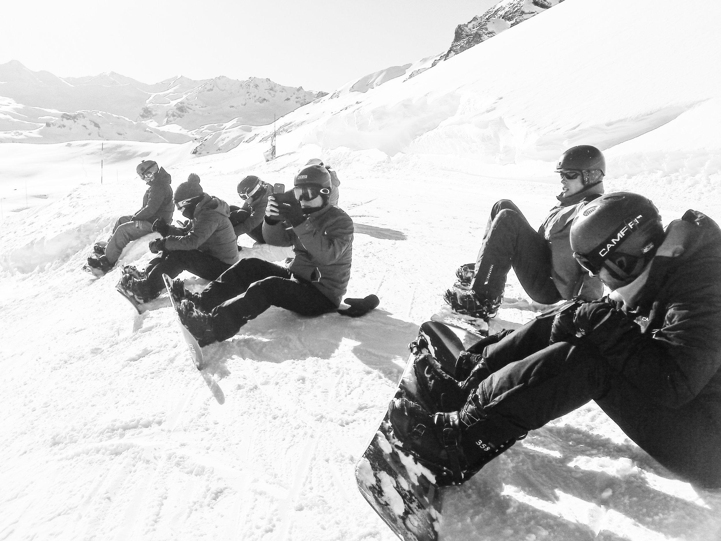 103527-val-d'Isère-snowboarding-ucpa.jpg