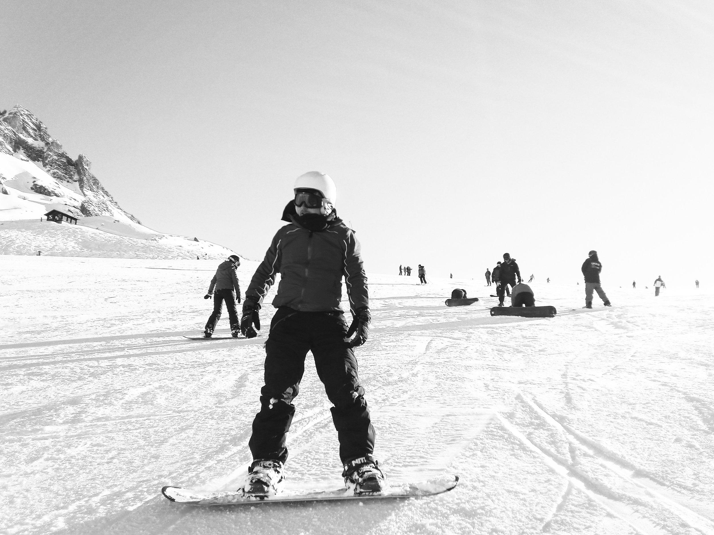 153201-val-d'Isère-snowboarding-ucpa.jpg