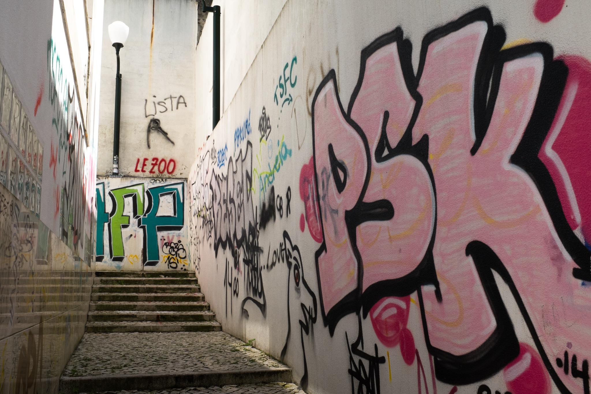 4107-portuguese-architecture-lisbon-porto.jpg