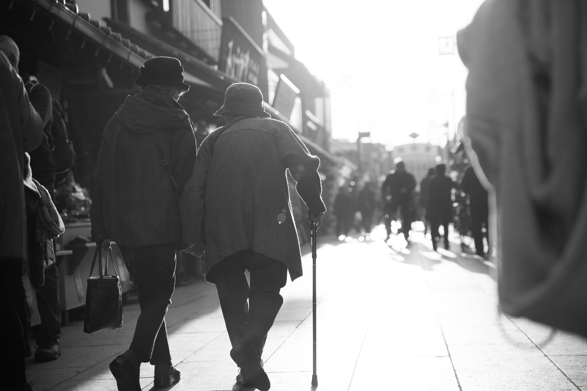 6084-japan-street-black-and-white.jpg