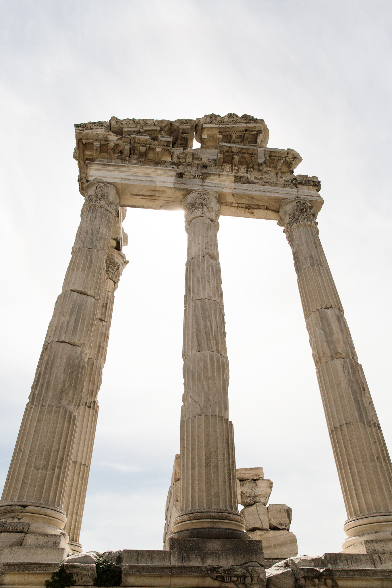 bergama_ruins-pergamon-2198-main-columns-section.jpg