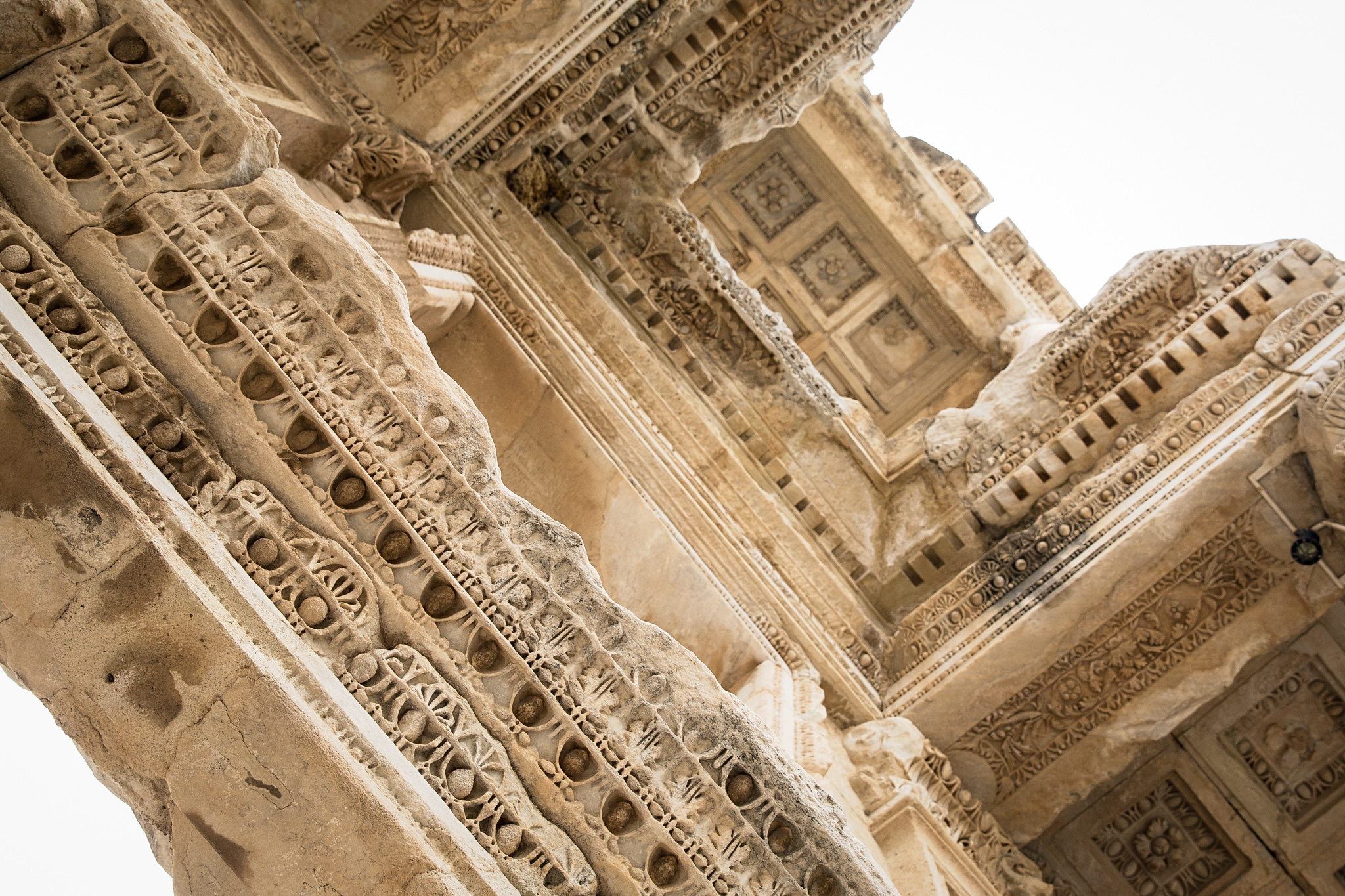 ephesus-2249-gate-of-mazeus-from-beneath.jpg