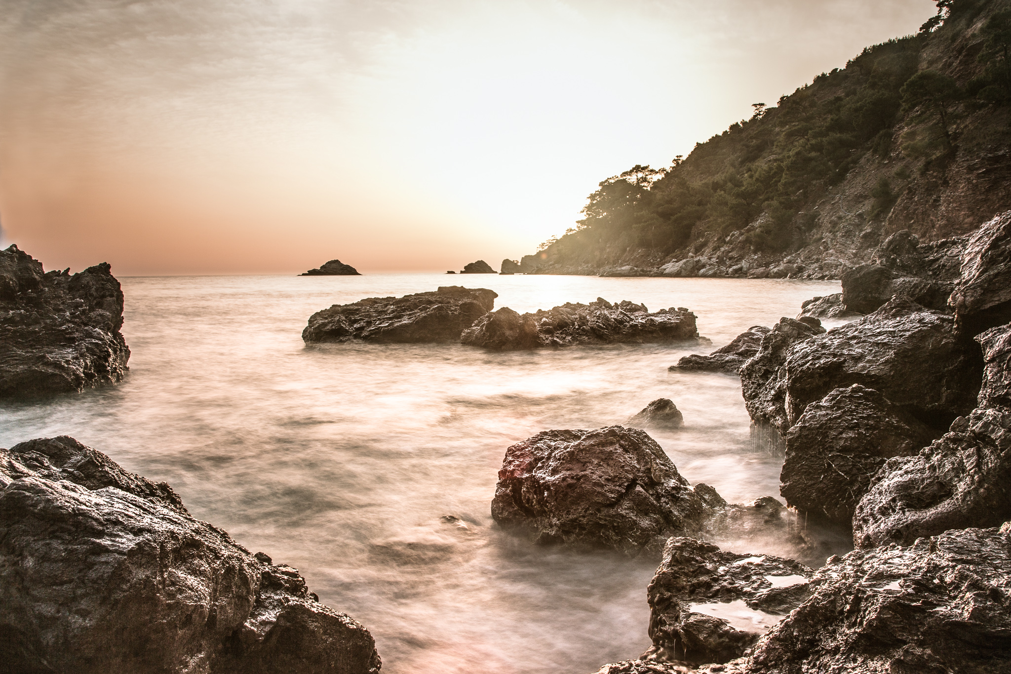 lycian-way_kabak-3360-sunset-on-rocks.jpg