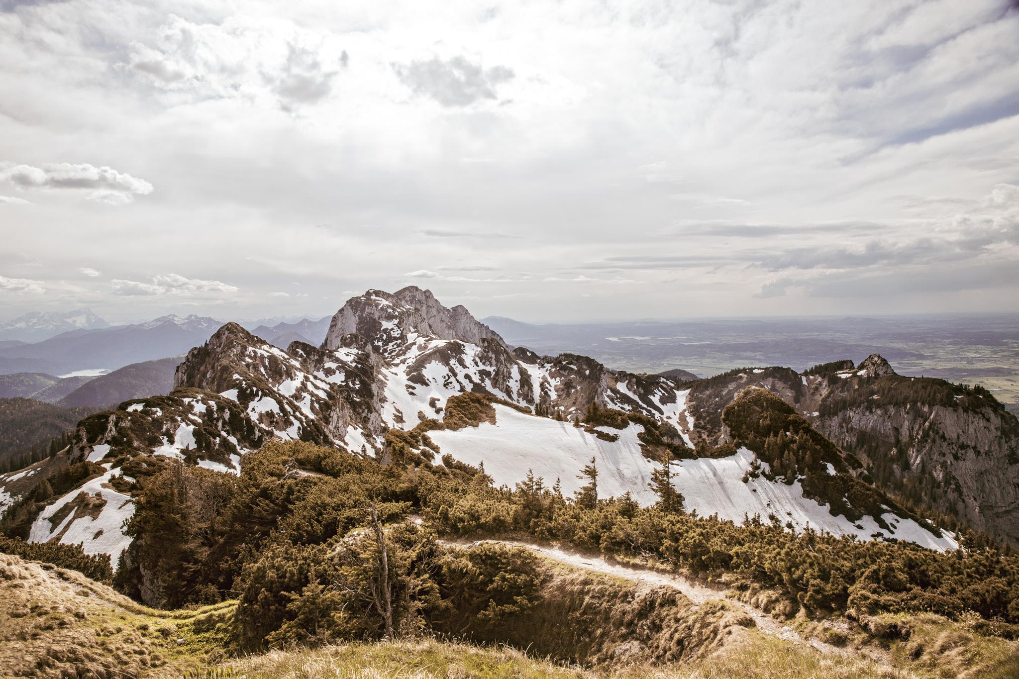 0235-bavarian-alps-landscape.jpg