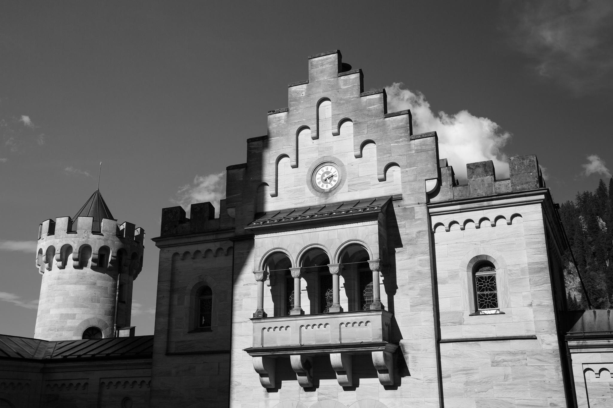 0723-bavarian-city-hdr-photograph.jpg