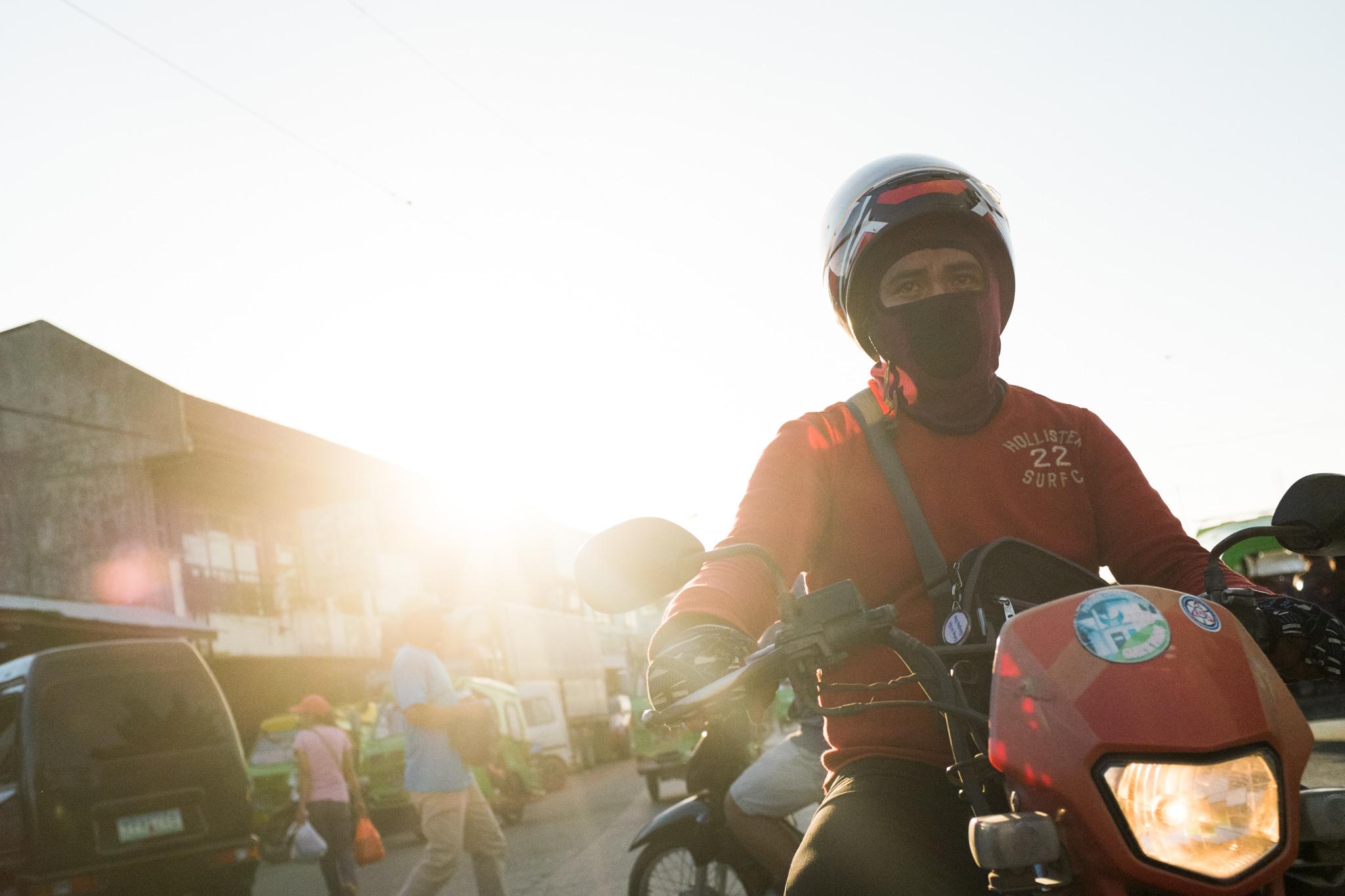 3159-philippines_scooter-biking.jpg